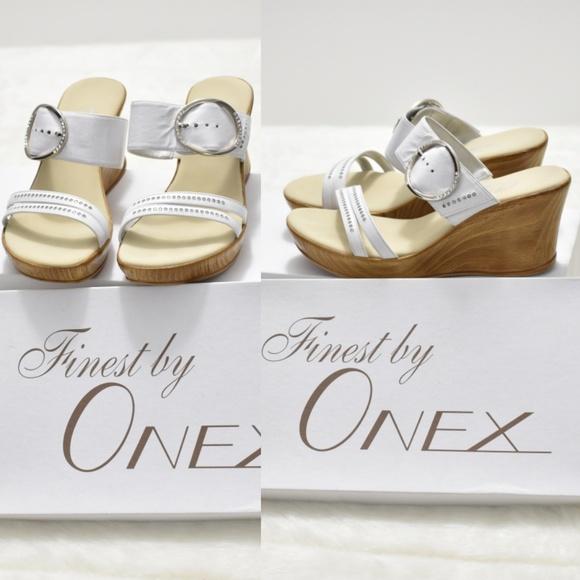 06e32de3aba Women s Onex Cynthia Wedge Sandal 8 White   Silver